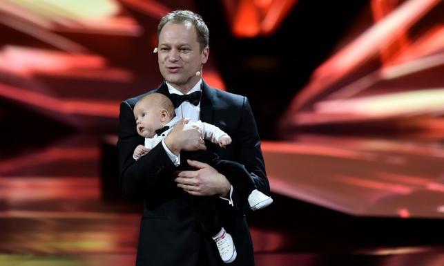 Maciej Stuhr pochwalił się rodziną. Pokazał piękną żonę i uroczego synka