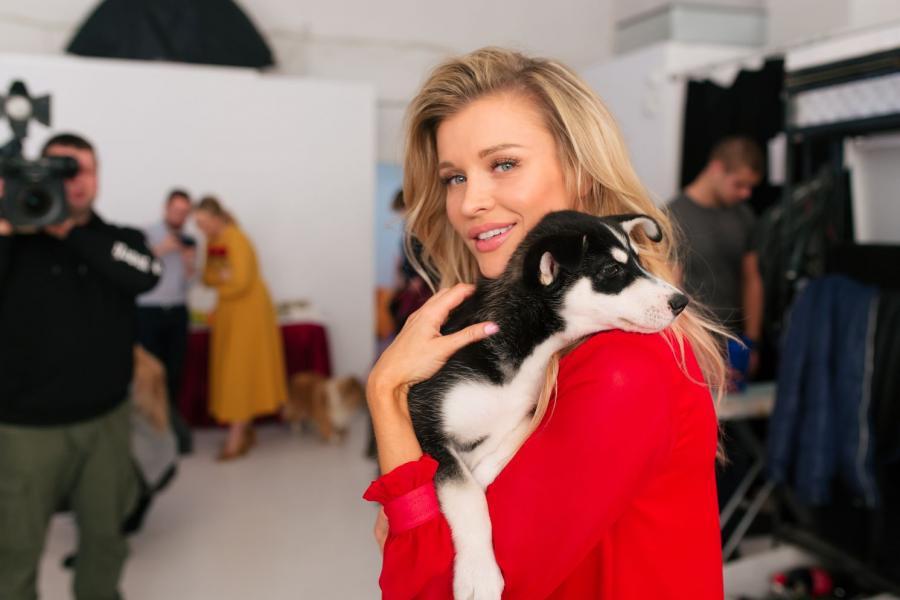 "Joanna Krupa w programie ""Misja pies"""